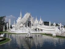 Wat Rong Khun - Biały Świątynny Chiang Raja frontowy widok Obraz Stock