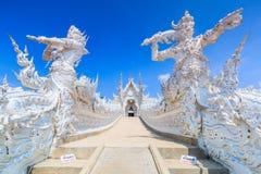 Wat Rong Khun in der Chiangrai Provinz, Thailand lizenzfreies stockbild