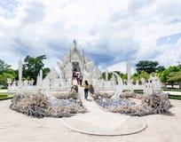 Wat Rong Khun tempel i Chiangrai, Thailand 2 Arkivbild