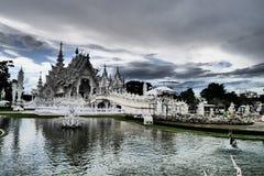 Wat Rong Khun - weißer Tempel stockbilder