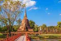 Wat Sa Si Temple en el parque histórico de Sukhothai, Tailandia Imagen de archivo