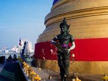 Wat Saket -金黄山寺庙(Phu金黄塔  库存照片