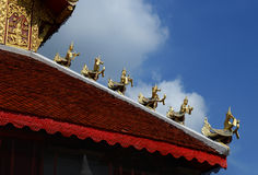 Wat San Fang Burmese arkitekturstil i Chiang Mai, Thailand royaltyfria foton