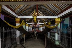 Wat Sensoukharam in Luang Prabang alla notte nel Laos immagini stock libere da diritti