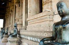 Wat Si Saket Buddhas - Vientiane Arkivbild