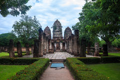 Wat Si Sawai temple ruin Stock Photo