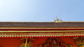 Wat Simuang寺庙屋顶细节, 库存图片