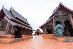Wat Sodmet Phurua Ming Muang il tempio è stato costruito con il carv del tek fotografia stock libera da diritti