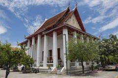 Wat Songtham Worawihan på Amphoe Phra Pradaeng i Samut Prakan, Thailand Royaltyfri Fotografi
