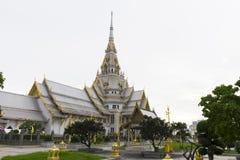 Wat Sothon Wararam Worawihan Chachoengsao, Thailand Arkivbilder