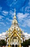 Wat Sothorn con la lámpara de calle tailandesa Fotografía de archivo