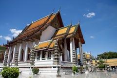 Wat Suthat en Bangkok Foto de archivo