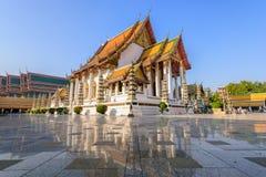Wat Suthat Thep Wararam, Bangkok, Tailandia Foto de archivo