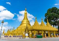 Wat Suwan Khiri, symulacja Złota Shwedagon pagoda, Ranong, Zdjęcie Stock