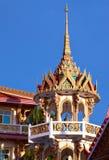 Wat Suwan Khirikhet buddist themple屋顶在普吉岛 免版税库存照片