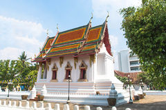 Wat Thung Si Muang en Ubon Ratchathani, ThailandWat Thung Si Muang en Ubon Ratchathani, Tailandia Fotos de archivo