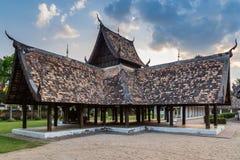 Wat Ton Kain, templo de madera viejo Imagenes de archivo