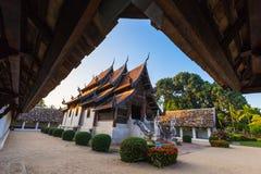 Wat Ton Kain, templo de madera viejo Foto de archivo