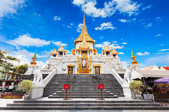 Wat Traimit, Bangkok. Wat Traimit - Temple of the Golden Buddha in Bangkok, Thailand Stock Photo