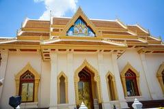 Wat Traimit Buddhist Temple en Bangkok, Tailandia imagenes de archivo