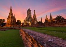 Wat柴Watthanaram在阿尤特拉利夫雷斯,泰国 库存照片
