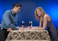 Wat wijn en pret. Stock Foto