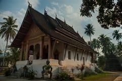 Wat Wisunarat寺庙琅勃拉邦,老挝 免版税库存照片