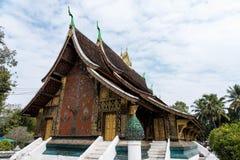 Wat Xieng皮带或金新月地区寺庙在琅勃拉邦,老挝 图库摄影