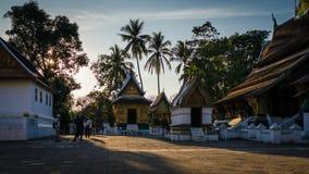 Wat Xieng Thong dans la soirée chez Luang Prabang, Laos Photo stock