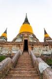 Wat Yai Chai Mongkhon i Ayutthaya, Thailand Fotografering för Bildbyråer