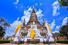 Wat Yai Chai Mongkhon in Tailandia fotografie stock