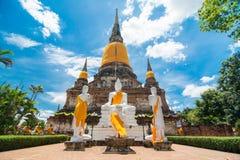Wat Yai Chai Mongkol Ayudhya Arkivbild