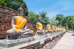 Wat Yai Chai Mongkol Ayudhya Royaltyfri Bild
