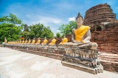 Wat Yai Chai Mongkol Ayudhya Royaltyfri Foto