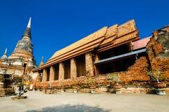 Wat Yai Chai Mongkol (Mongkhon) i Ayutthaya. Royaltyfri Fotografi