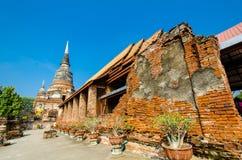 Wat Yai Chai Mongkol (Mongkhon) i Ayutthaya. Fotografering för Bildbyråer