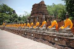 Wat Yai Chai Mongkol tempel, Thailand Royaltyfria Foton