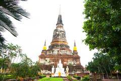 Wat yai chaimongkol Arkivbilder