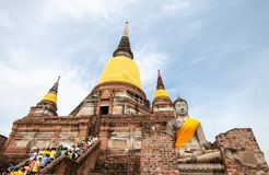 Wat Yai Chaimongkol, vecchio tempio della provincia di Ayuthaya, Tailandia fotografia stock libera da diritti