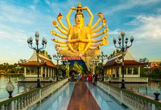 Wata Plai Laem Buddyjskiej świątyni statuy w Koh Samui wyspie w Tajlandia zdjęcie stock