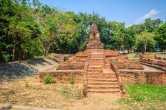Wata Pu Pia, jeden rujnować świątynie wewnątrz (świątynia starego człowieka Pia) obrazy stock