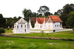 Wata Uposatharam świątynia (Wat larwa) Zdjęcie Stock