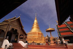 Watapha die Hariphunchai, Lamphun, Thailand royalty-vrije stock afbeeldingen