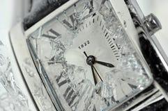 Watchface roto fotos de archivo libres de regalías