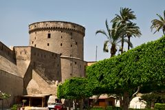 Watchtower av Saladin Citadel i Kairo Arkivfoto