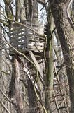 Watchtower in bos stock foto