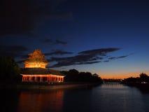 Watchtower van de verboden stad in de avond. stock afbeelding