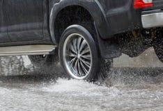 Water Bespat door een auto stock foto's