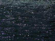 Water bij nacht stock afbeelding