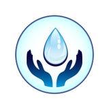 Water-daling en handen Royalty-vrije Stock Afbeeldingen